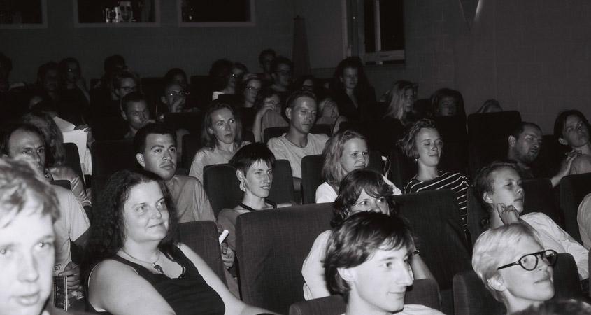 Bilderbeben Publikum im Lichtwerk