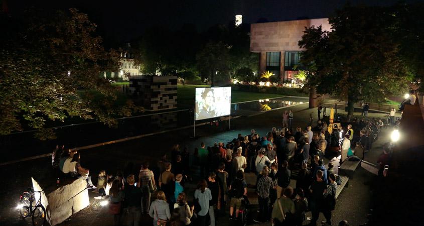 Bielefeld leuchtet im Kunsthallen-Park