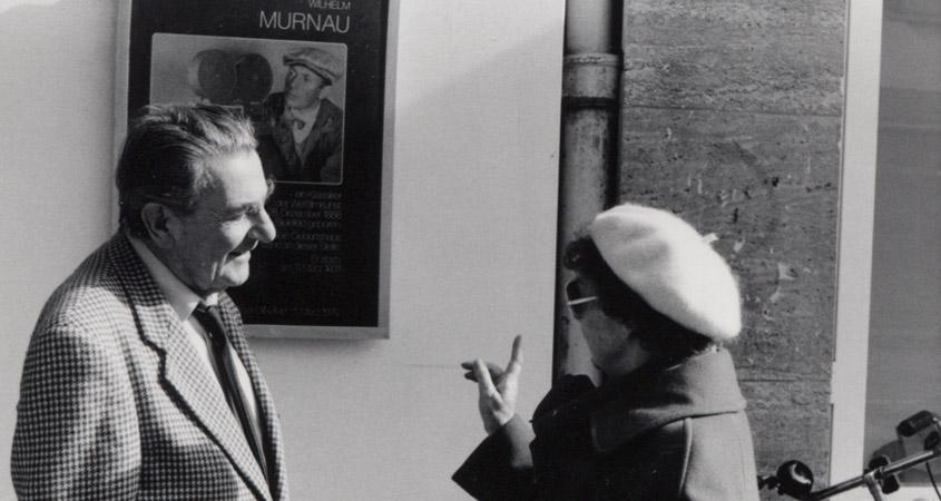 Alekan mit Frau Plumpe vor dem Capitol