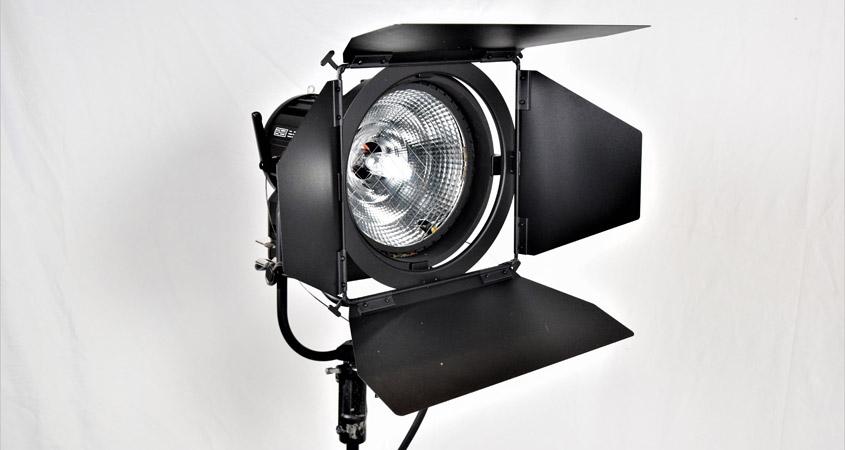HMI Scheinwerfer Filmgear 1,8KW facettiert
