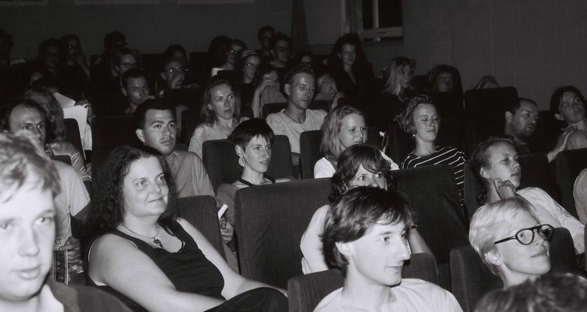 Kinopublikum im Lichtwerk 1992