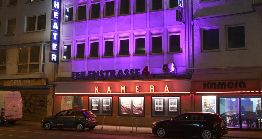 Kino leuchtet Kamera Filmkunsttheater