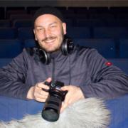 Filmcoach Bastian Müller-Hennig begleitet die Jugendredaktion im Projekt Proberaum Film